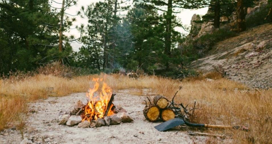 20. Gregg começou a tirar as fotografias dos incêndios para mostrar um pouco do trabalho que fazia todos os dias para os amigos e para a família