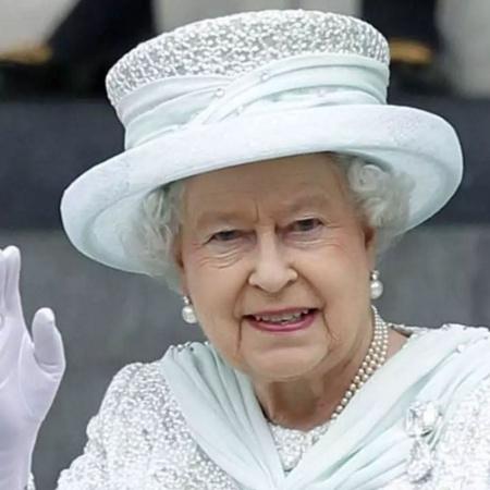 Em setembro de 2015, a rainha Elizabeth 2ª se tornou a monarca a ocupar mais tempo o trono britânico - Reprodução/viewerscorner