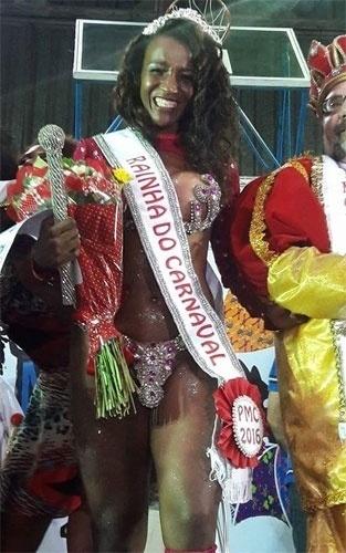 Najara Camargo, do Guarujá (SP), foi a Rainha do Carnaval de Cubatão, em 2016