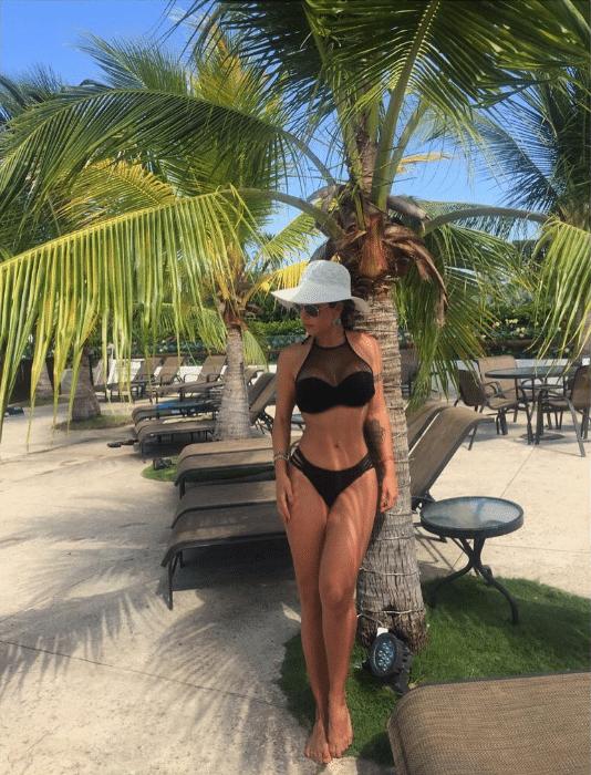 21.dez.2016 - Inspirada pelas belezas do litoral colombiano, Cacau publicou em espanhol no Instagram: