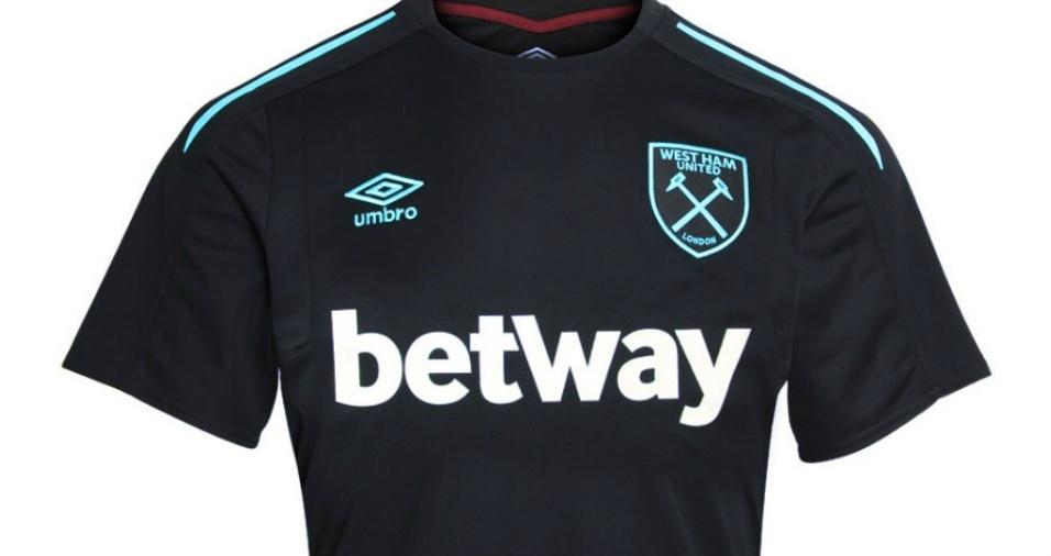 13. West Ham - A segunda camisa dos Hammers na temporada 17/18 será totalmente preta