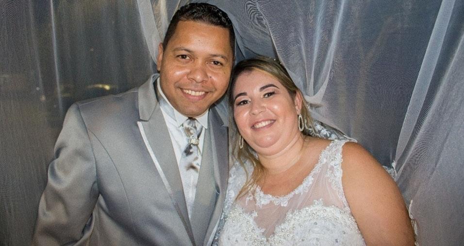 Solange Vieira e Anderson Campos, de São Lourenço da Serra (SP), se casaram em 8 de abril de 2017