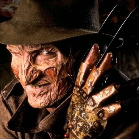 """O personagem Freddy Krueger em """"A Hora do Pesadelo"""" (1984)  - Reprodução/UOL Cinema"""