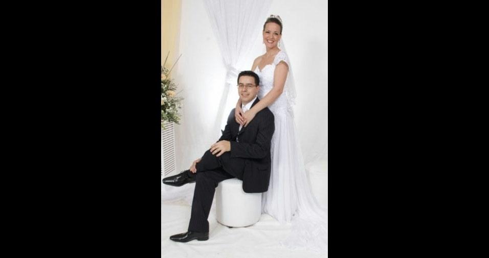 O casamento de Ralf Bonfante e Angela de Araújo Barros Bonfante aconteceu em 8 de dezembro de 2013, em Chapada (RS)