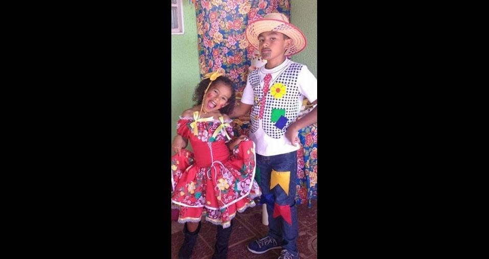 Leila Silva Porto enviou foto dos filhos Anaína e Fernando, de Brasília (DF)