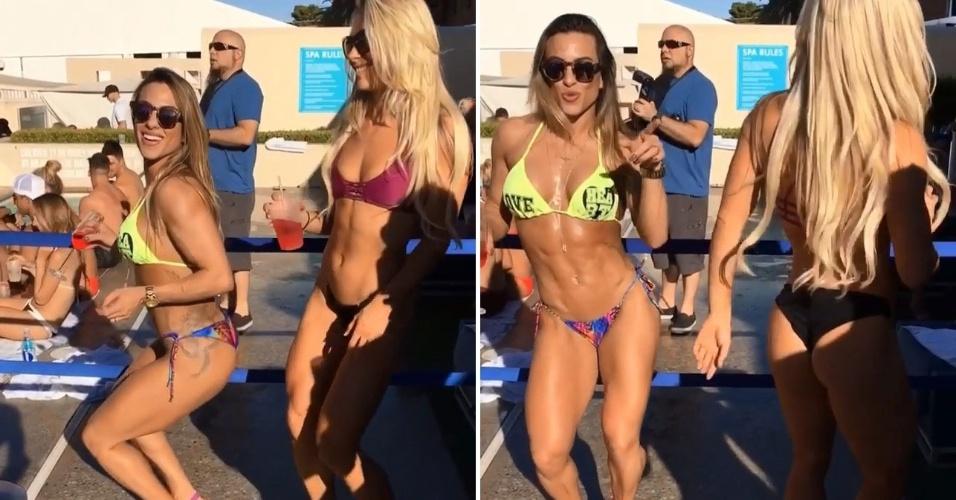 25.set.2016 - Em um momento de descontração à beira da piscina, a ex-BBB Michelly tentou ensinar uma amiga a rebolar. De biquíni, as duas foram até o chão durante uma festa em Las Vegas, nos Estados Unidos.