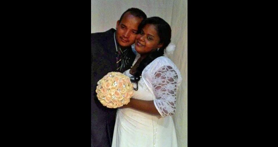 Ronaldo José da Silva e Valéria Alessandra Nunes da Silva se casaram em 3 de outubro de 2015, no casamento comunitário no CEU Caminho do Mar