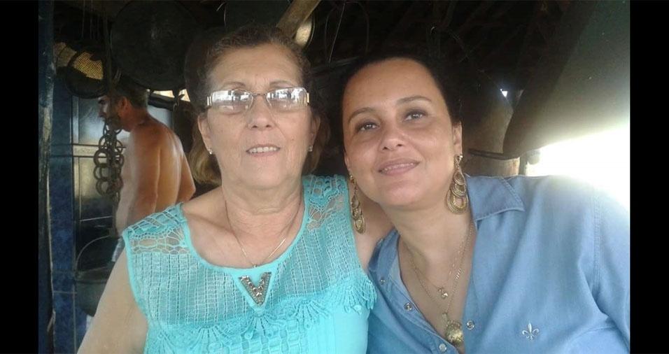 Luciane Elias Santos com a mamãe Lucilena Trivellato Elias, de Frutal (MG)
