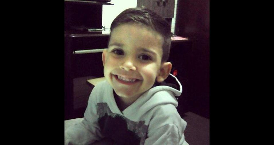Edinho enviou a foto do sorridente filho Caio