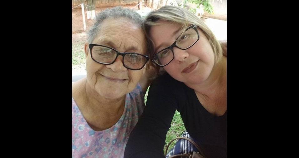 Regiane com a mamãe Helena, de Embu das Artes (SP)