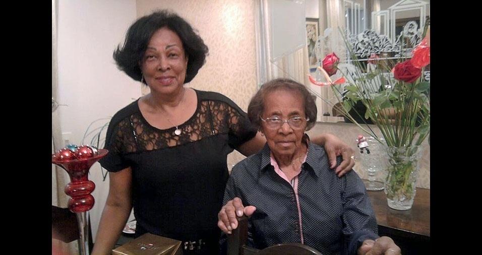 Aparecida Creusa Dias com a mamãe Maria de Lourdes Dias, de São Paulo (SP)