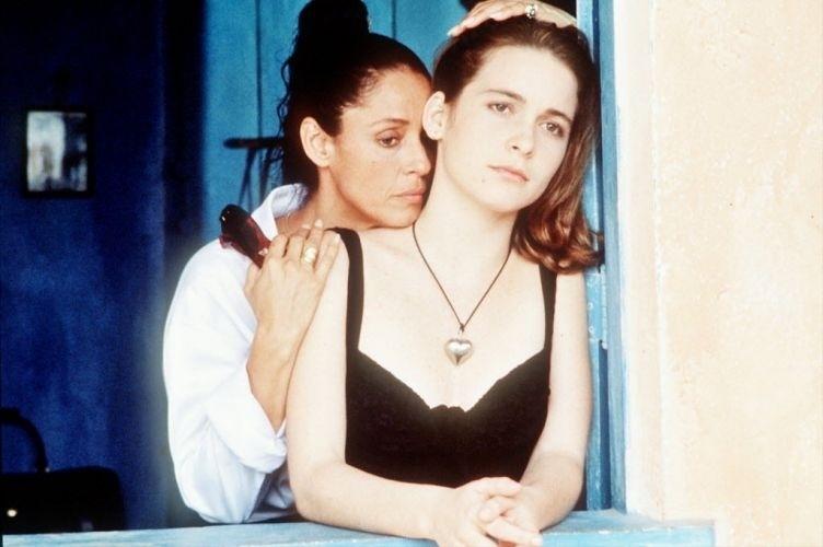 """1996 - Sonia Braga e Cláudia Abreu em cena do filme """"Tieta do Agreste"""""""