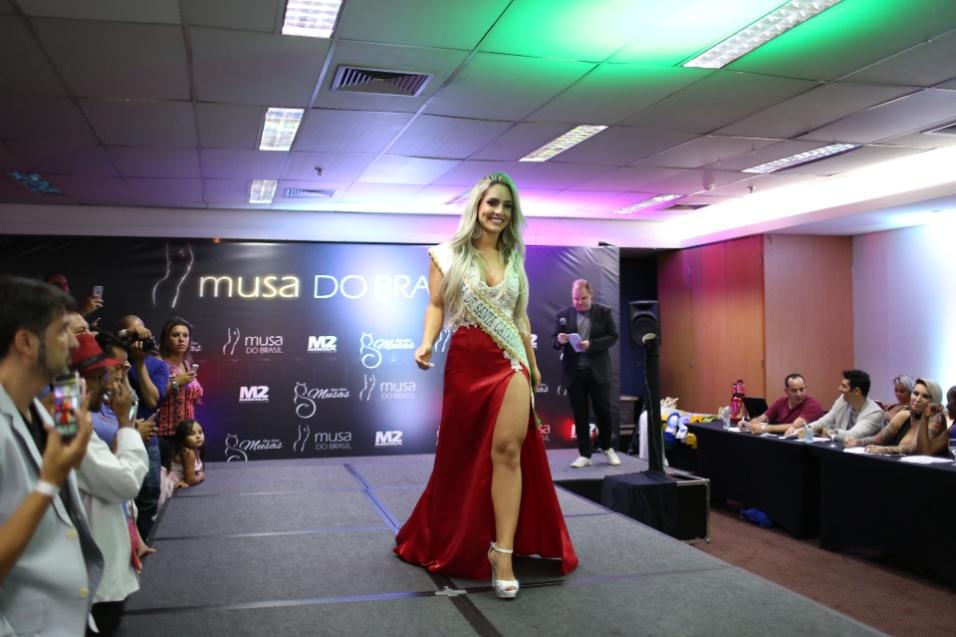 14.dez.2016 - Iara Ferreira representou Santa Catarina