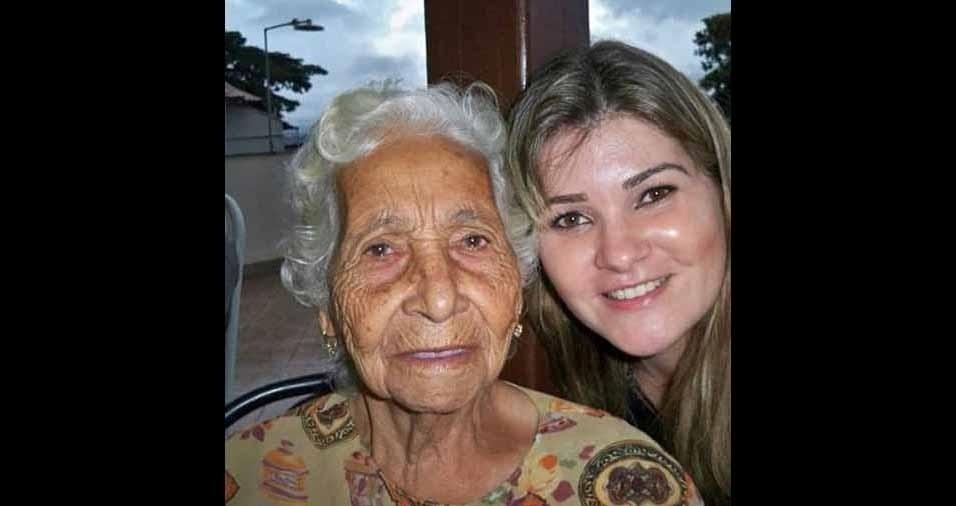 Greice de Oliveira com a vovó Matilde, de Belo Horizonte (MG)