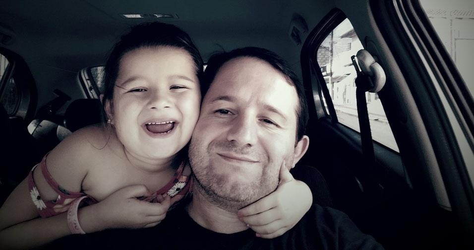 O papai Giovani com a filha Giovana, de Pouso Redondo (SC)