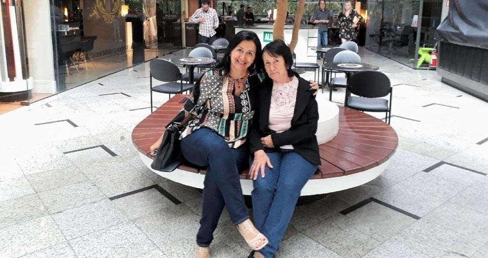 """Indianara N. Ferreira e sua mãe Maria da Luz Stock, de Curitiba (PR): """"Amor da minha vida!"""""""