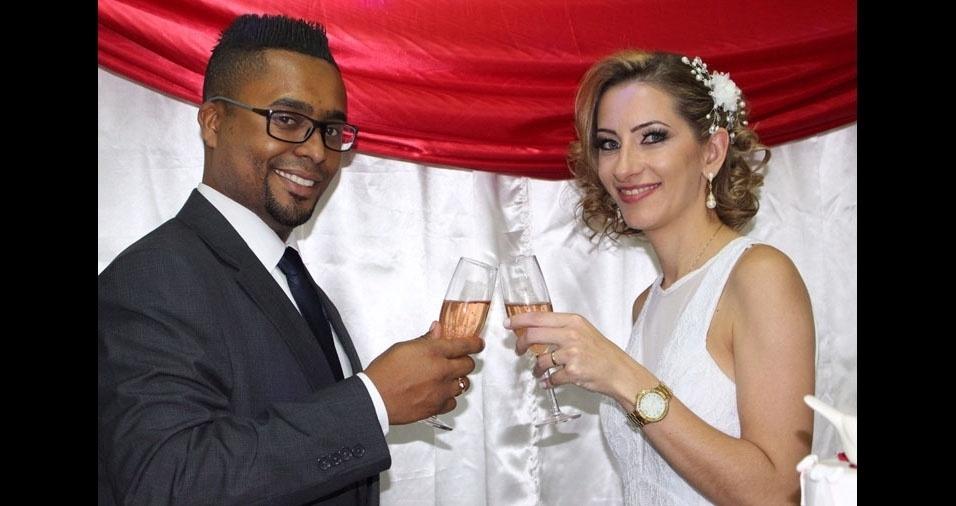 Alexandre Luiz da Silva Almeida e Daniela Muller de Lima se casaram em   10 de junho de 2017, em São Paulo (SP)