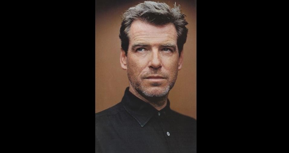 2. Pierce Brosnan. O irlandês, que interpretou 007 em quatro filmes da franquia, é um galã e tanto