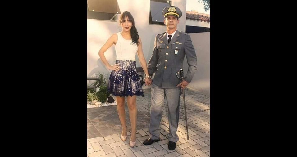 Nardeli Machado de Oliveira e Alessandra Silva de Oliveira são recém casados. A cerimônia aconteceu em 16 de maio de 2017, em São Gabriel (RS)