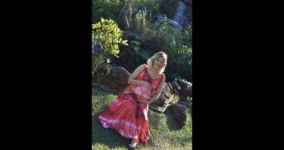 Marcela Martins grávida de Pedro Henrique, de Ourinhos  (SP)