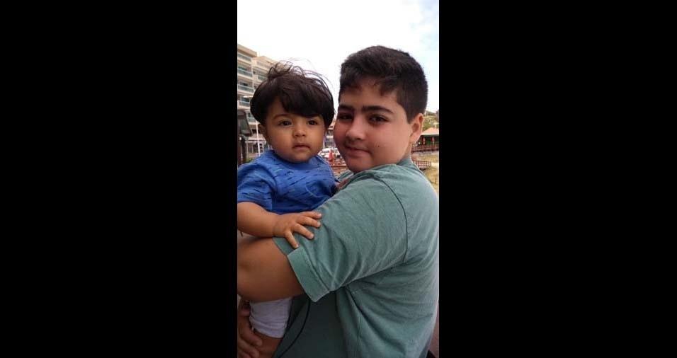 Roberto Luiz, de Magé (RJ), enviou a foto de seus filhos João Gabriel, de 12 anos, e Davi, de dez meses