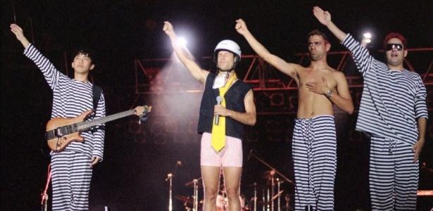 Mamonas Assassinas na última apresentação, no estádio Mané Garrincha, em Brasília (DF), em março de 1996 - Tina Coelho/CB.Press