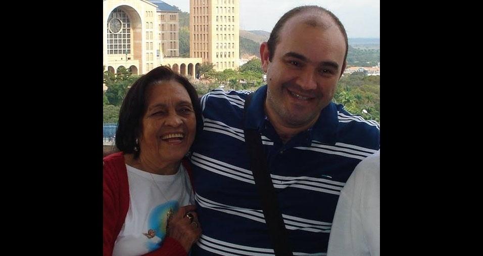 Márcio com a mamãe Célia, de Ribeirão Preto (SP)