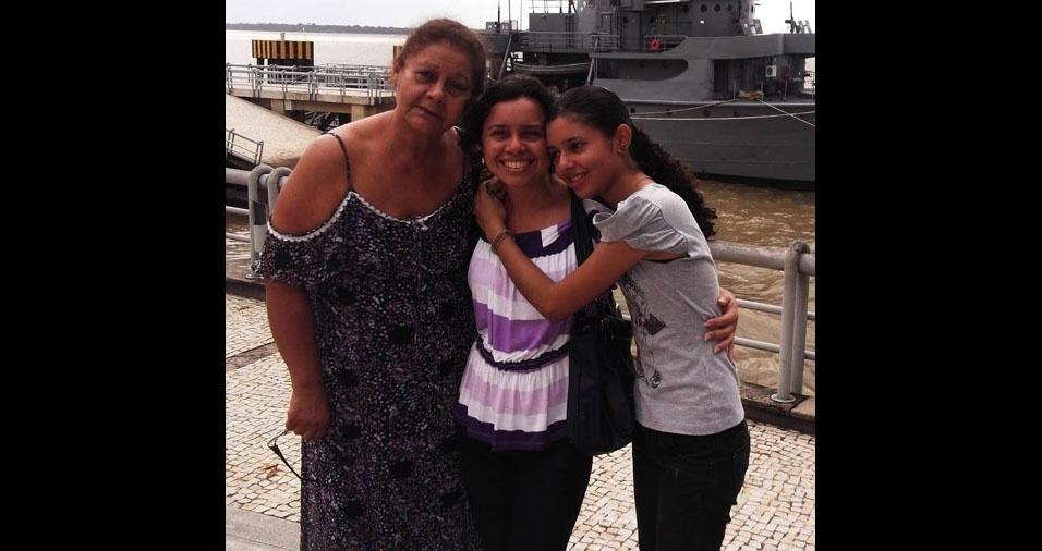 Raimunda Gaspar, de Belém (PA), com a filha Marília e a mamãe, dona Dora