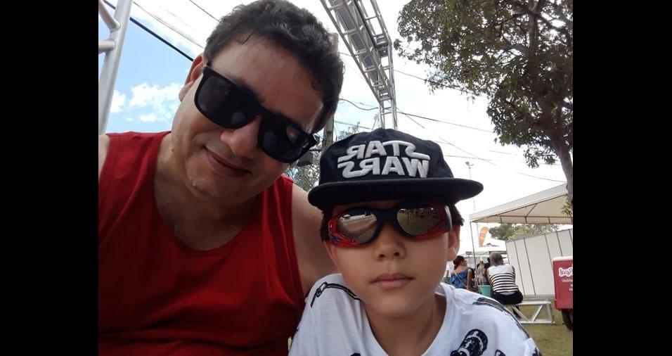 Pedro Paulo com o papai Waldir Ribeiro Soares Junior, de Salvador (BA)
