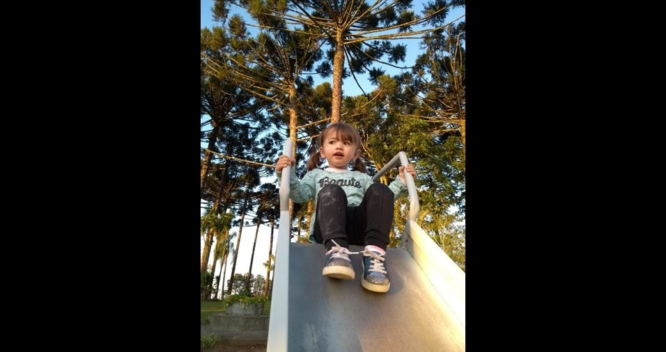Roberto Carlos Ferensovicz e Anne Karenina Alves de Oliveira enviaram foto da filha Valentina, de Ponta Grossa (PR)