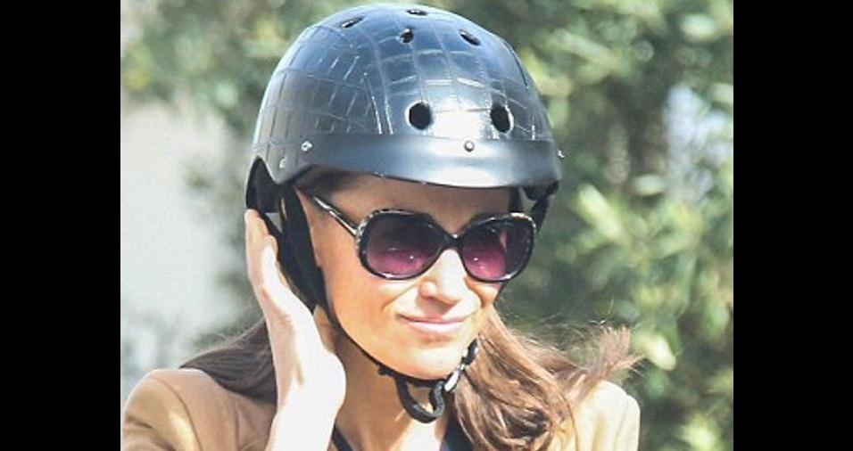 22. Para quem gosta de capacetes inusitados, o estilo casco de tartaruga é uma boa pedida