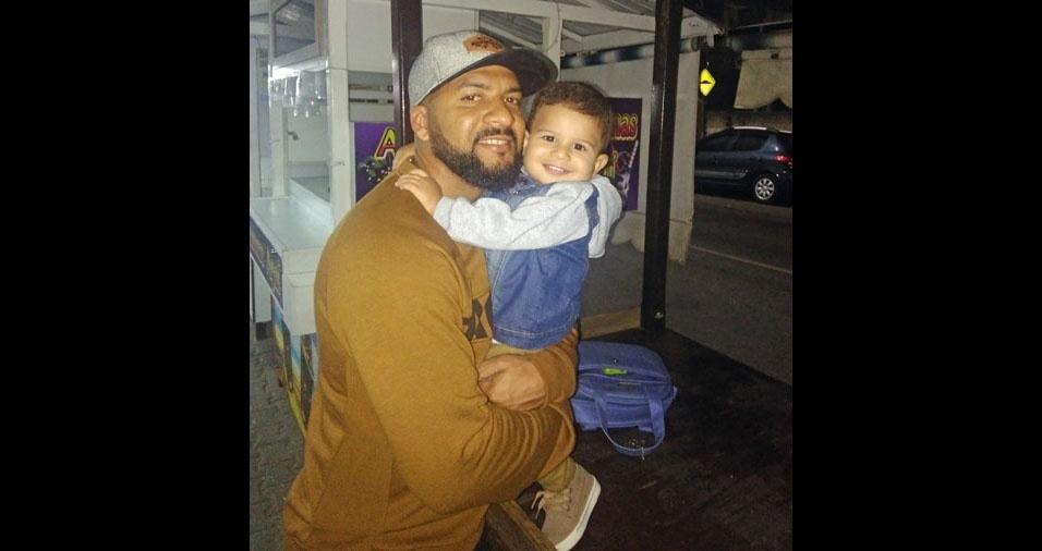 Papai Rodrigo e seu filho Pedro, de Campo dos Goytacazes (RJ)