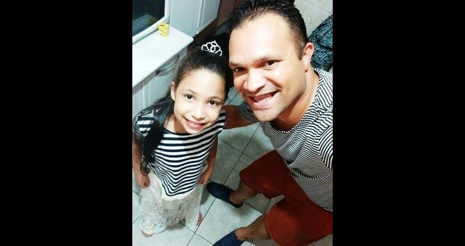 Geraldo João da Rocha Filho com a filha Maria Eduarda, de Taboão da Serra (SP)