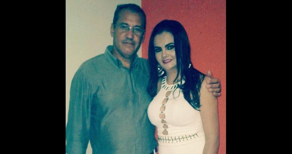 Matheus Martins, de Monte Alegre de Minas (MG), com a filha Vanessa Cristina, de Ituiutaba (MG)