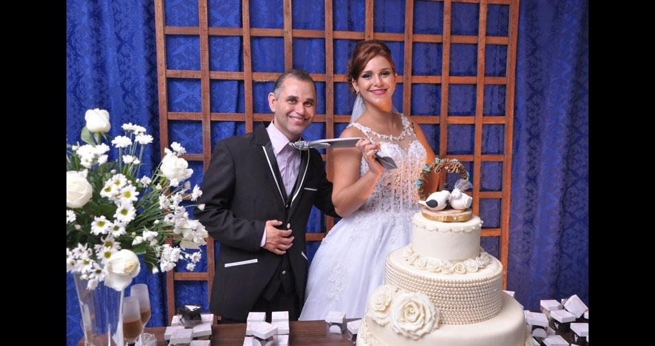 O casamento de Raquel de Almeida Brandão e Carlos Alberto de Souza Brandão foi realizado em 02/06/2016, em Teixeira de Freitas (BA)
