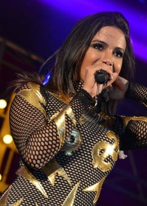 Anitta mantém controle pessoal sobre contratação de seus shows e toda a produção - Agnews