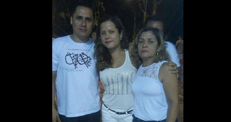 Rafael e Michelle com a mãe Irene Quaresma, de Belém (PA)