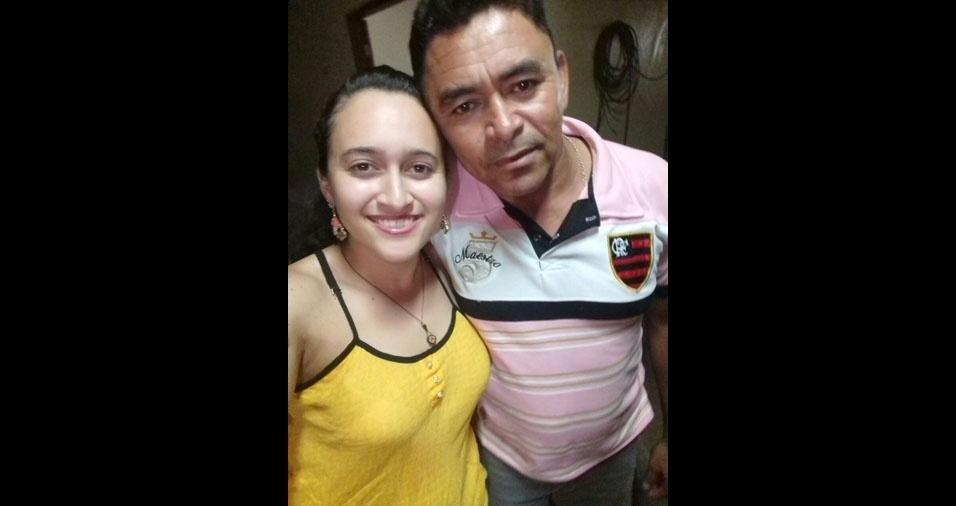 Ana Cristina com o papai Evaldo, de Independência (CE)