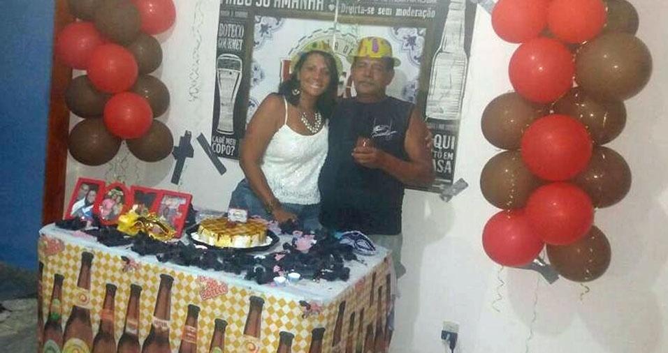 Marciane Barreto dos Santos e o papai Mendes dos Santos, de Rio das Ostras (RJ)