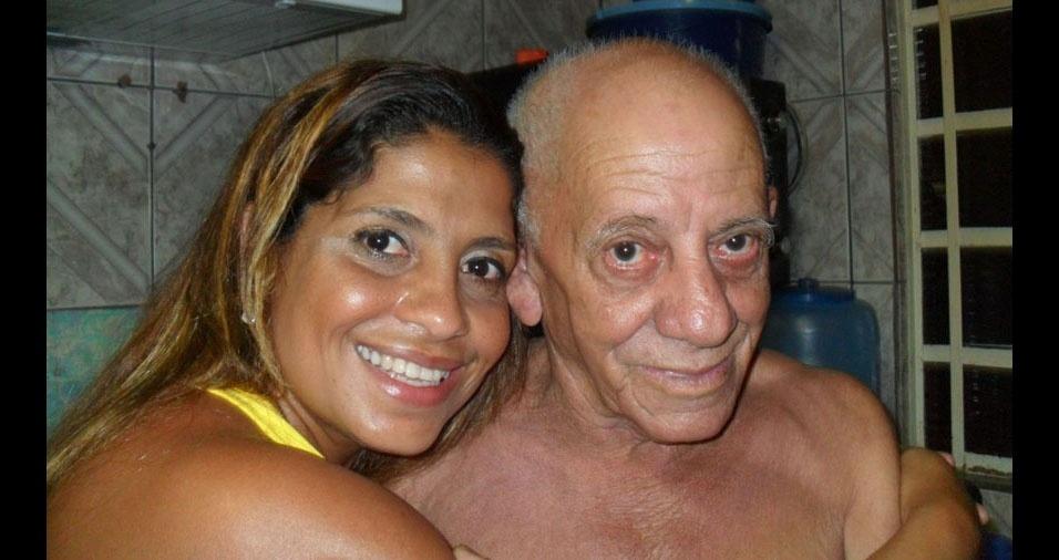 Helena Maria Silva, de Ribeirão Pires (SP), com o pai Custódio Sebastião Silva