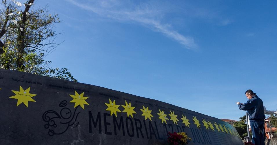 O Memorial 17 de Julho foi decorado com 199 estrelas, com os nomes das vítimas, que representaram o espírito das homenagens do sábado em São Paulo. Cada familiar teve a oportunidade de encontrar o nome do ente querido e fazer suas homenagens e orações