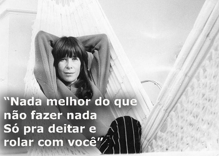 """Trecho da música """"Mania de você"""", de 1979; foto de Rita Lee em agosto de 1978"""