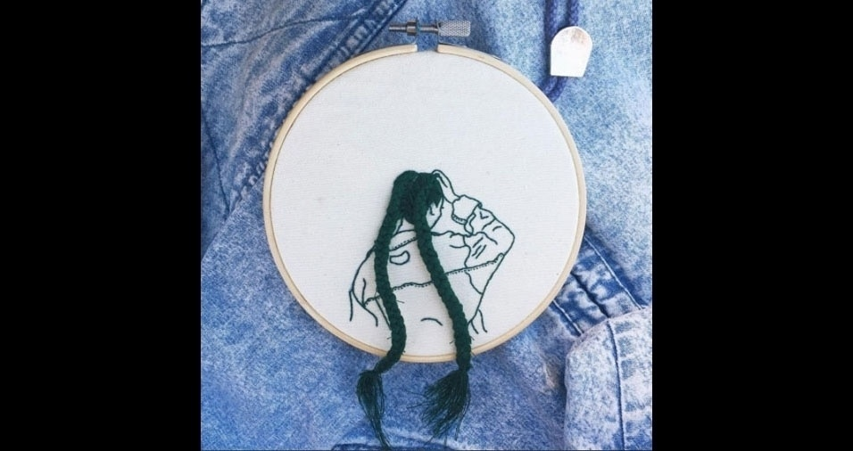 1. Trabalho em bordado da artista Sheena Liam