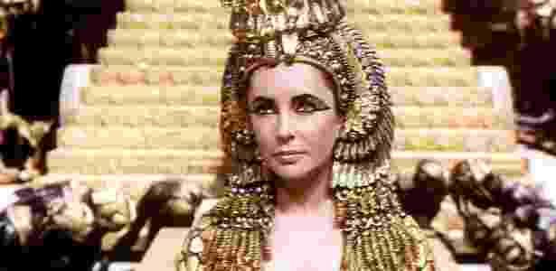 9. Cleópatra foi a primeira governante grega do Egito a aprender a falar egípcio - Reprodução/deadline - Reprodução/deadline