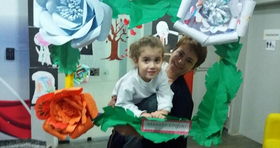 Jane Cristina de Lima  Gomes com a filha Clara, de São Paulo (SP)