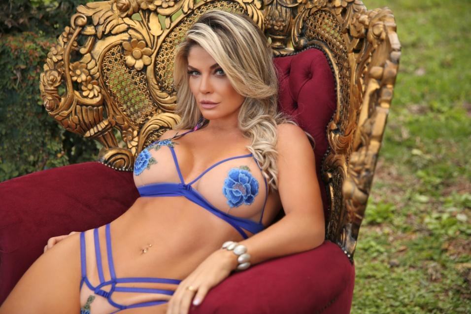 """26.jun.2017 - Capa de revistas masculinas como a """"Playboy"""" e """"Maxim"""", Viviane Bordin lançou o site """"Diamond Brazil"""" em 2016"""