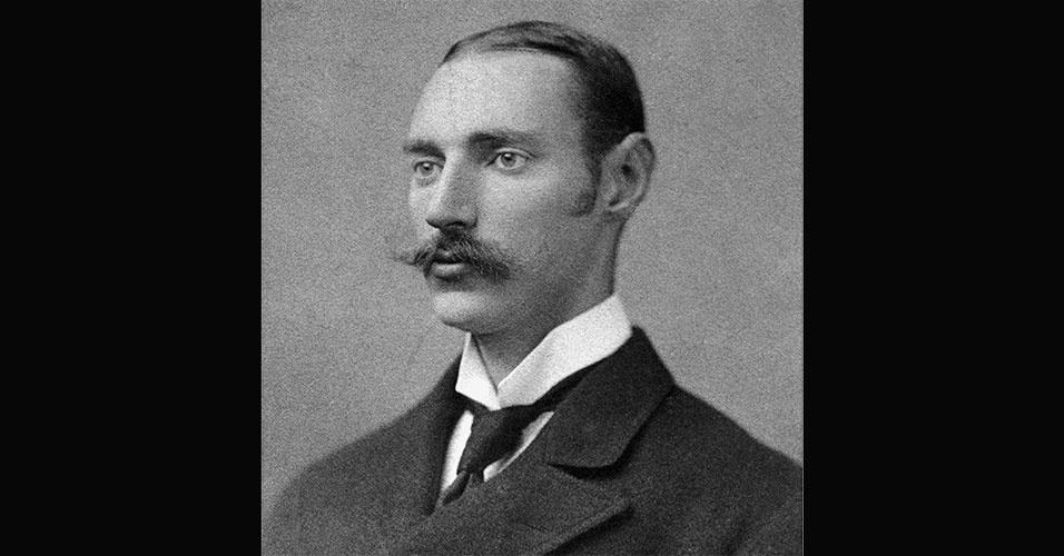 O coronel e investidor americano John Jacob Astor IV era o passageiro mais rico do Titanic, e morreu durante o naufrágio. Jacob tinha uma fortuna estimada em mais de R$ 4 bilhões, em valores ajustados pela inflação