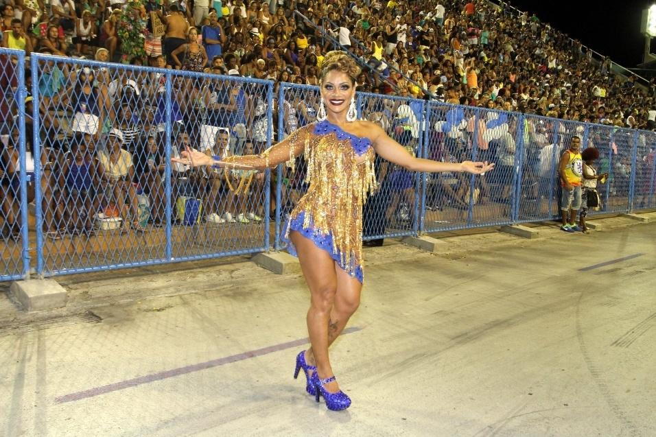"""12.fev.2017 - Em sua página no Instagram, a modelo Ana Paula Evangelista elogiou o ensaio técnico da Unidos da Tijuca. """"Vamos lá, rumo a vitória!!!! Obrigada a todos na avenida ( público e imprensa ) pelo carinho de sempre..."""", escreveu a musa da escola de samba"""