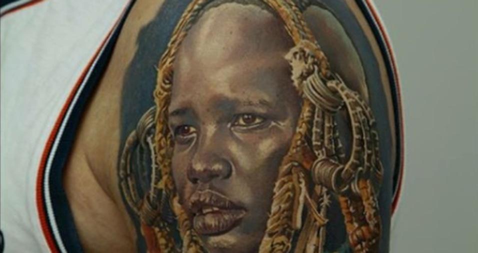 30. Alguns seguidores acabam usando o trabalho de Dmitriy como referência e fazem outros desenhos e enviam para o tatuador como forma de demonstrar admiração