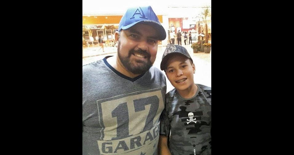 Papai Armando com o filho Leonardo